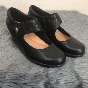 Earth Heron Mary Jane Wedge Black Size 9.5 Comfort